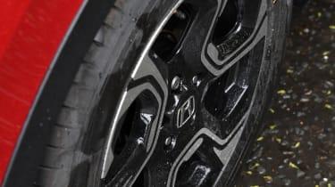 Honda CR-V - wheel