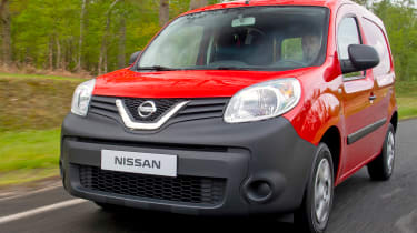 Nissan NV250 - front
