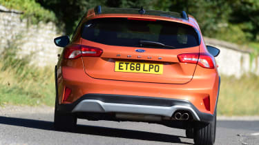 Ford Focus Active - rear cornering
