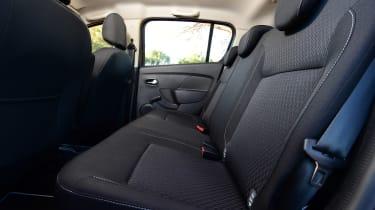 Dacia Sandero 2017 facelift rear seats