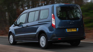 ford grand tourneo connect tracking rear