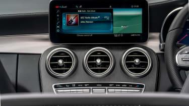 Mercedes C-Class Cabriolet - vents