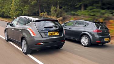 Chrysler Delta vs SEAT Leon FR