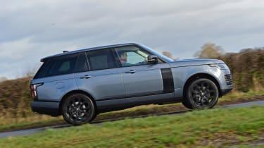 Range Rover P400 - side shot