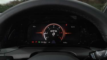VW Golf GTD -