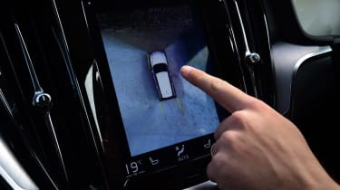 Volvo V60 - long termer final report reversing camera