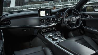 Kia Stinger 2.0 GT-Line - interior