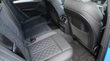 Audi Q5 TFSI e - rear seats