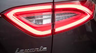 Maserati Levante GranLusso - rear light
