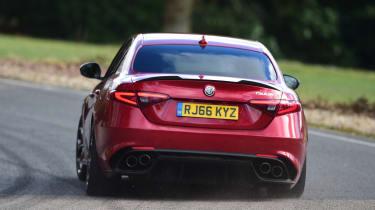 Alfa Romeo Giulia Quadrifoglio - rear cornering