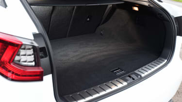Lexus RX 200t - boot
