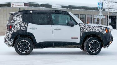 Jeep Renegade spy shot side profile
