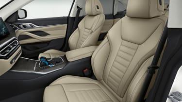 BMW i4 - seats