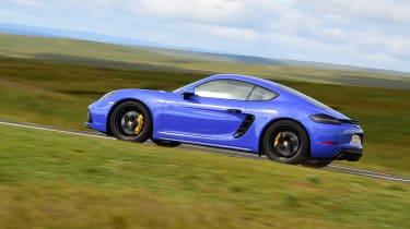 Porsche 718 Cayman - side shot