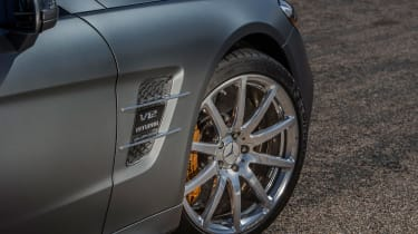 Mercedes-AMG SL 65 - front wheel detail