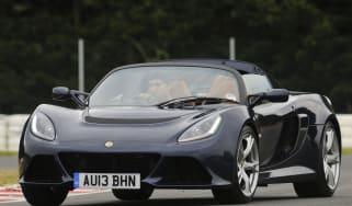 Lotus Exige S Roadster driving