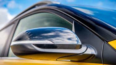 Kia Stonic UK review - mirror