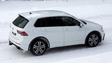 Volkswagen Tiguan R - spyshot 11