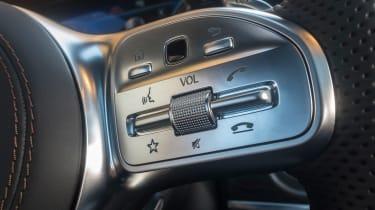 Mercedes-AMG S 63 - steering wheel controls