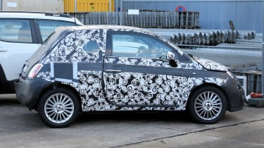 2020 Fiat 500 - spies - side static