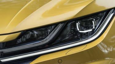 Volkswagen Arteon - front lights