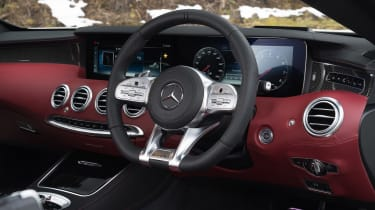 Mercedes-AMG S 63 Coupe - steering wheel