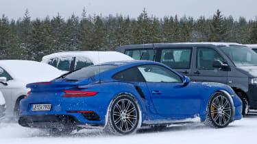 Porsche 911 991 GT2 RS spy shots - rear