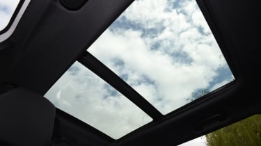 Peugeot 5008 long-term test - sunroof