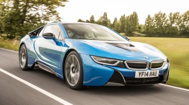 Used BMW i8 - front action