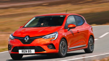 Renault Clio Mpg Co2 Emissions Road Tax Insurance Groups