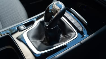 Vauxhall Insignia Grand Sport 2017 - gearlever