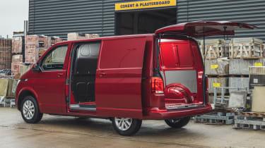 Volkswagen Transporter 6.1 - side and rear door open