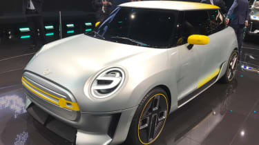 2019 MINI Electric Concept Frankfurt - front