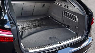 Audi S6 Avant - boot