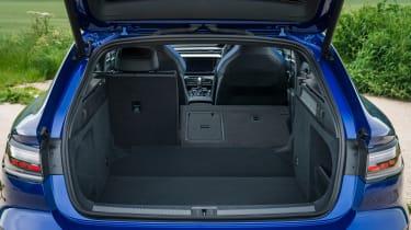 Volkswagen Arteon R Shooting Brake - boot seats down