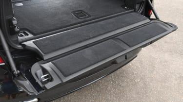 BMW X7 - tailgate