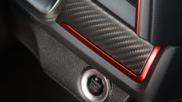 UK Honda Civic Type R 2017 - button