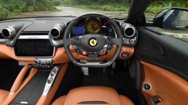 Ferrari GTC4 Lusso - dash