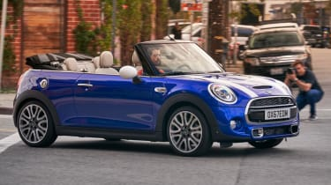 MINI Convertible blue