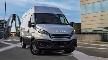 Iveco Daily 2021 - front
