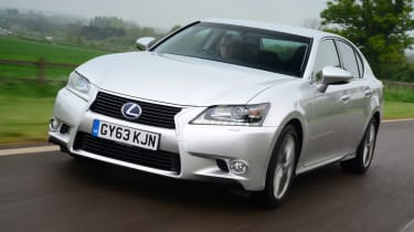 Lexus GS 300h Luxury front