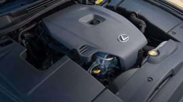 Used Lexus IS - engine
