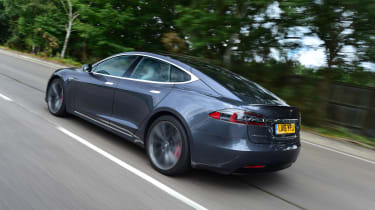 Tesla Model S 2016 facelift rear tracking