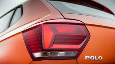 Volkswagen Polo 1.0 MPI - rear light