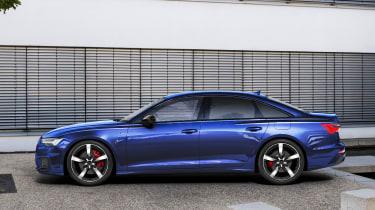 Audi A6 TFSIe - side