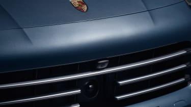Porsche Cayenne - camera