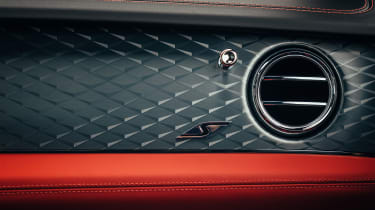 Bentley Bentayga S - interior detail