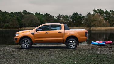 Ford Ranger Wildtrack - side