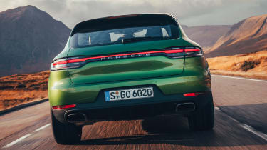 Porsche Macan - full rear