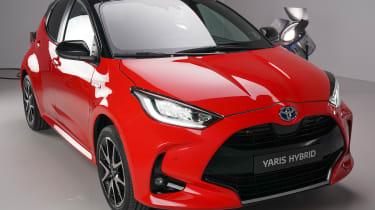 Toyota Yaris - front 3/4 static studio